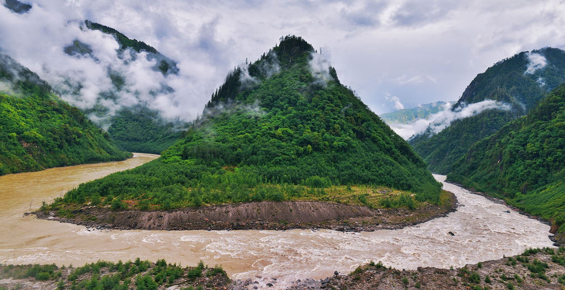 Overland Tour from Yunnan to Tibet
