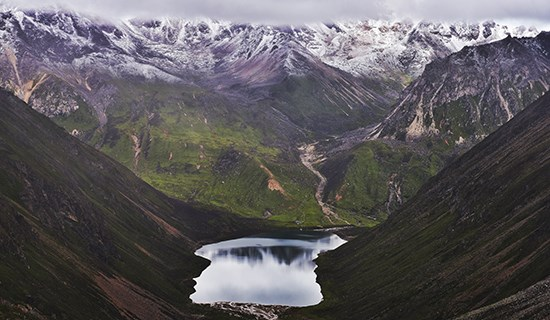 Discover Holy Lakes in Tibet
