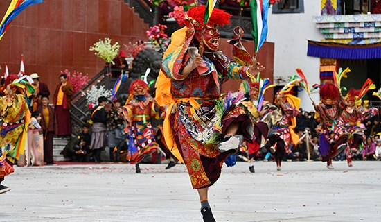 Experience Three Mask Dance Festivals in Kham of West Sichuan 2021